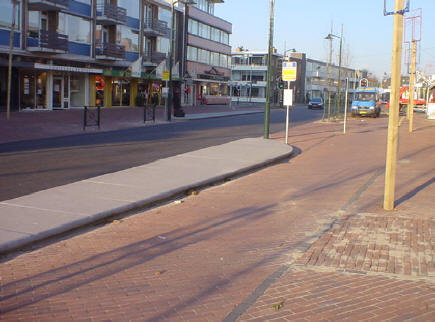 bushalte raadhuisplein