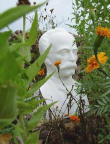 standbeeld van josé marti