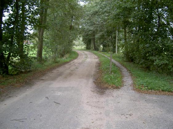 slechts een deel van de esserweg is verhard...