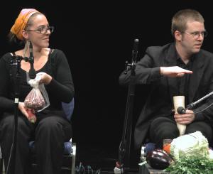 twee leden van het orkest...