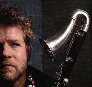steven kamperman op saxofoon