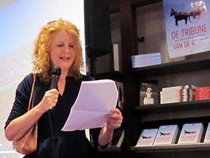 mariet meester presenteert haar boek bij boekhandel daan nijman in roden
