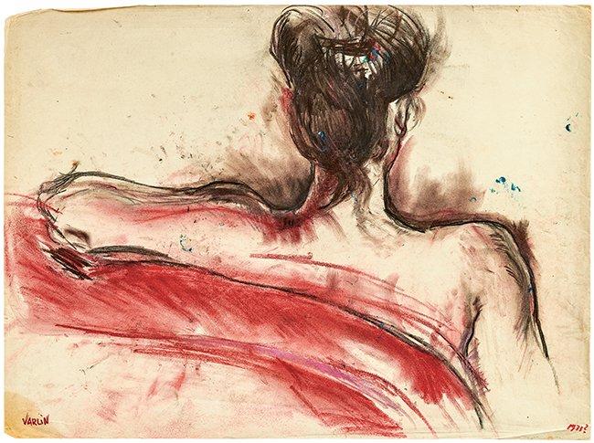 Vrouw op rode sofa