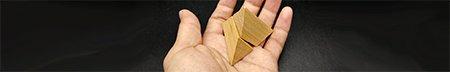 twee halve piramides